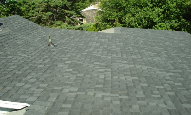 New roof asphalt shingles