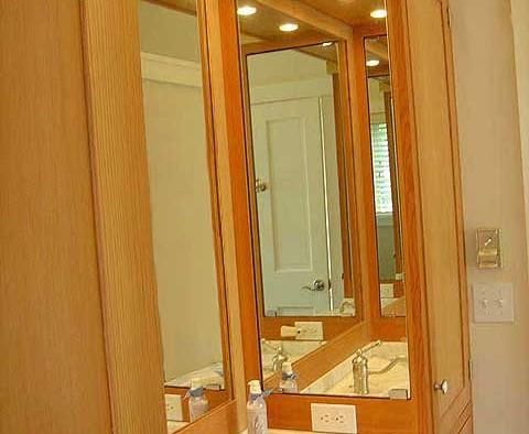 Master vanity room