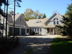 Joe and Jane Davin home. Designed by Silverio Architecture & Design.